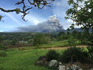 27 September: Eruption of Turrialba volcano from garden of Guayabo Lodge