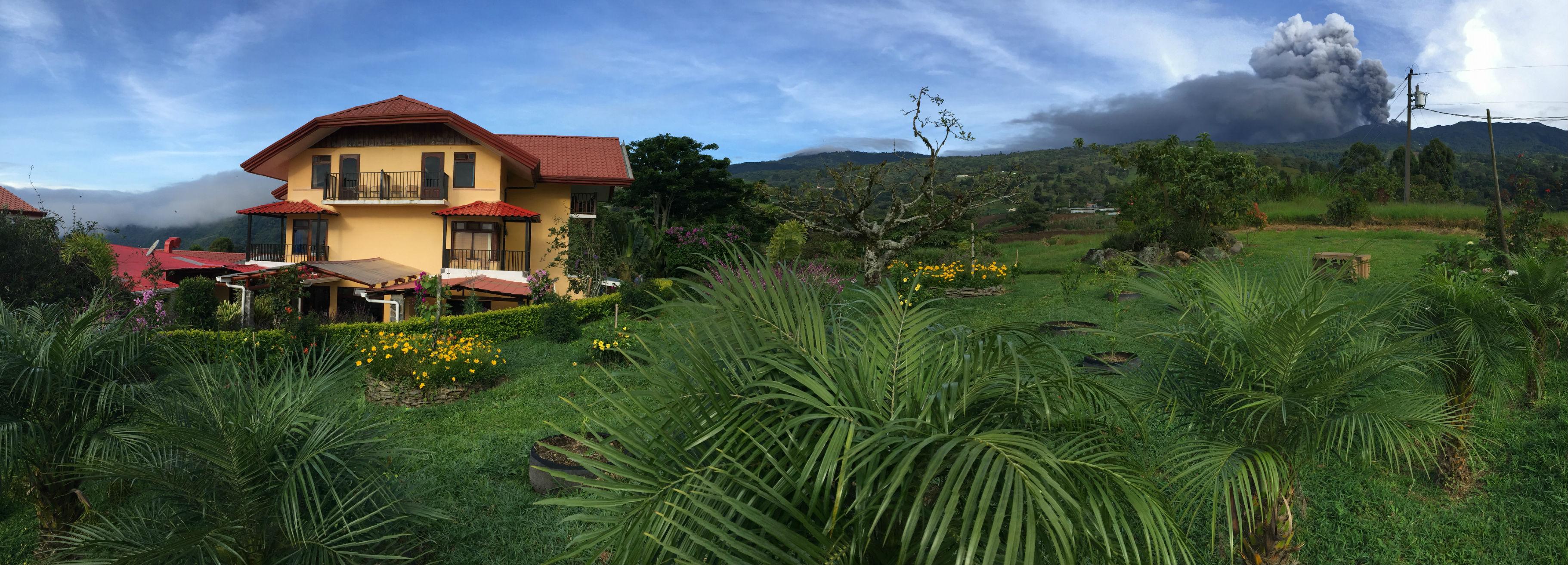 Turrialba Volcano erupting at Guayabo Lodge