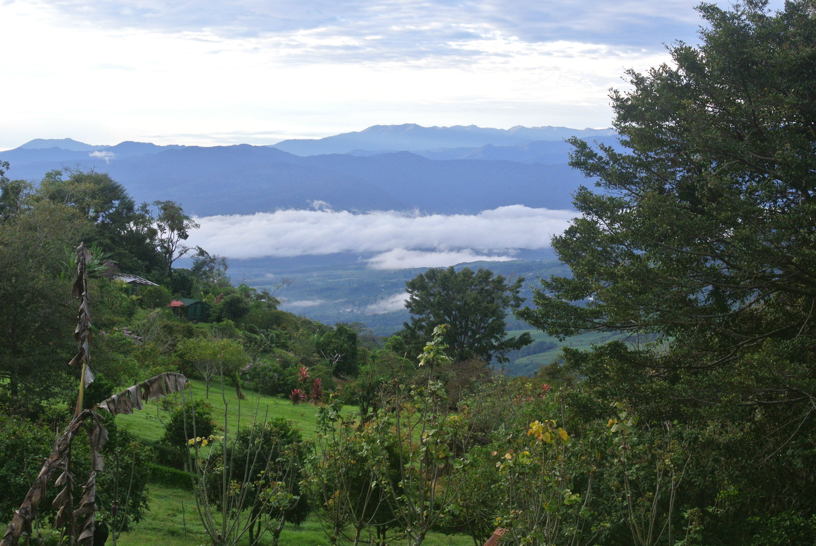 21 September: view of the Turrialba Valley and Chirripo mountain (5.45 am)